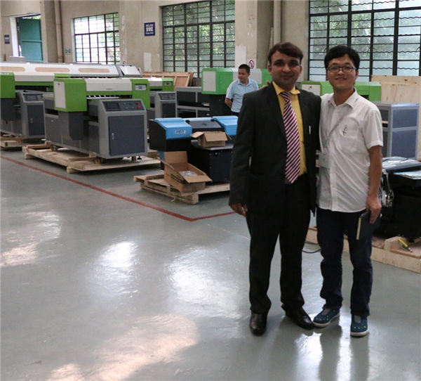 यूवी फ्लैटबेड प्रिंटर